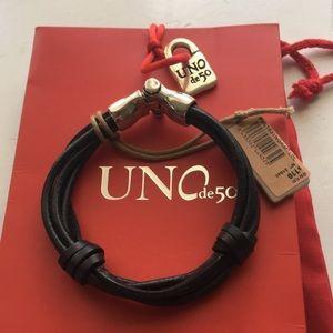 BNWT Uno de 50 leather and silver men's bracelet